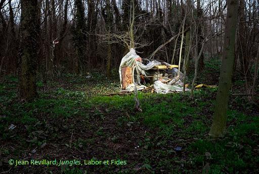 Prosopopée d'une cabane de la Jungle de Calais par Odile